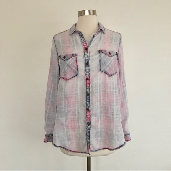 809608349 UO BDG Burnout Plaid Button Down Shirt Size Small.  M_5c381755035cf19bdc223903